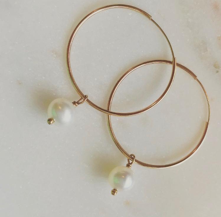 14k Gold Hoop Earrings with Freshwater Pearl